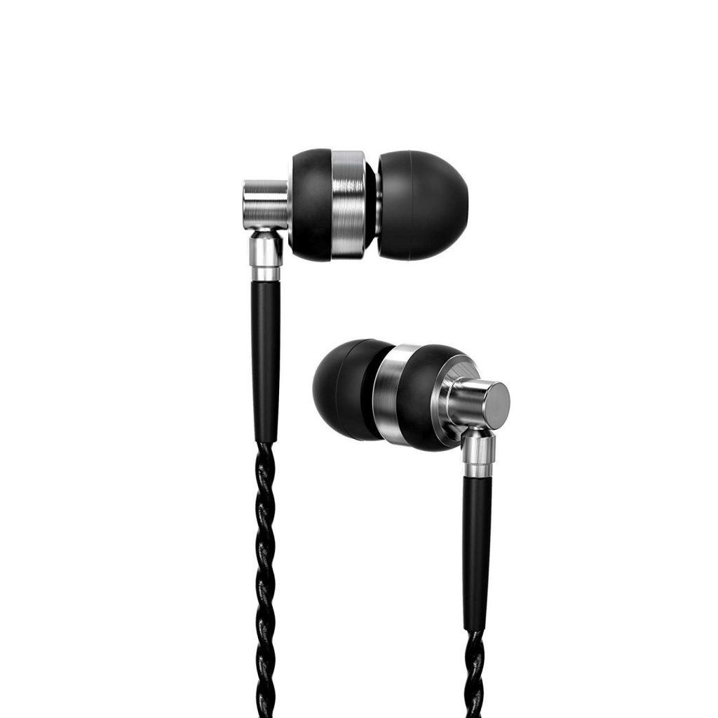 Brainwavz M2 in-ear headphones